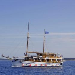 Albatros Rijeka 10cabins 22pax 12