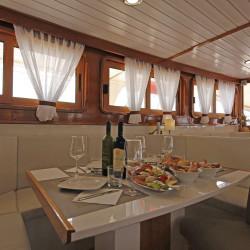 Albatros Rijeka 10cabins 22pax 25