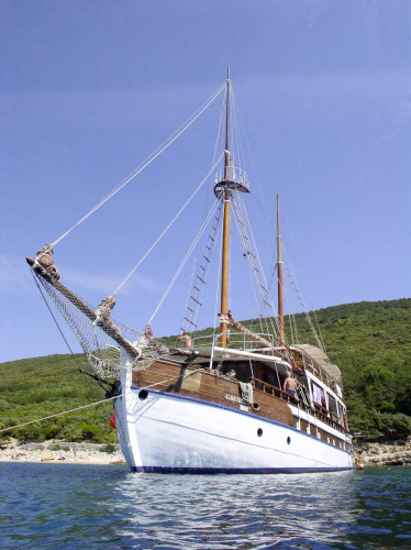 Albatros Rijeka 10cabins 22pax 4