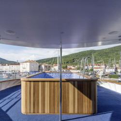 Alpha 19 cabins 40 pax Rijeka 14