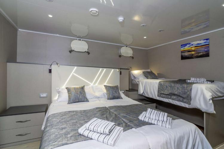Alpha 19 cabins 40 pax Rijeka 34