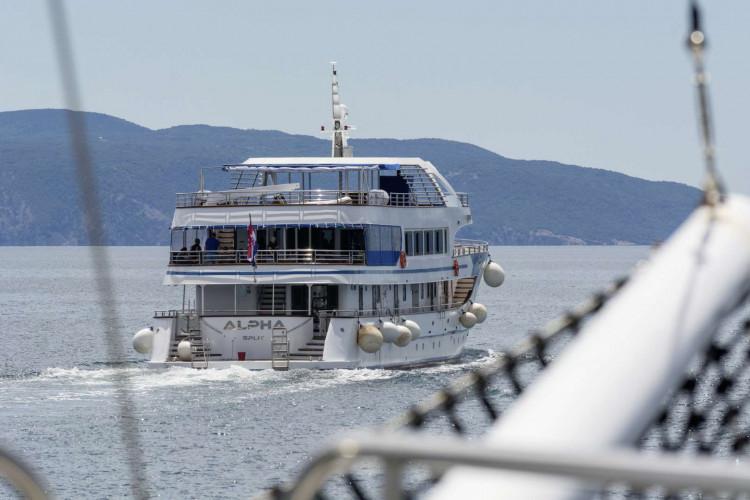 Alpha 19 cabins 40 pax Rijeka 5