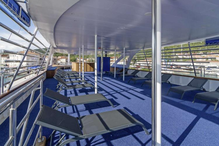 Alpha 19 cabins 40 pax Rijeka 7