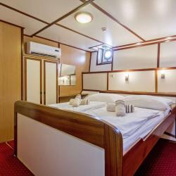 Amore 19 cabins 40 pax Trogir 33