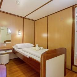 Amore 19 cabins 40 pax Trogir 40