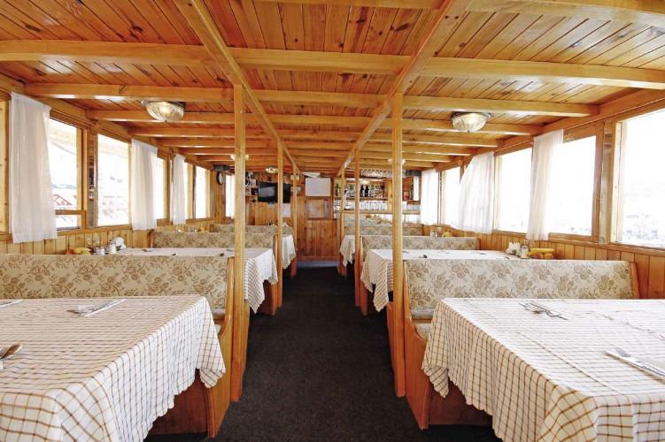 Aneta 15 cabins 32 pax Trogir 38