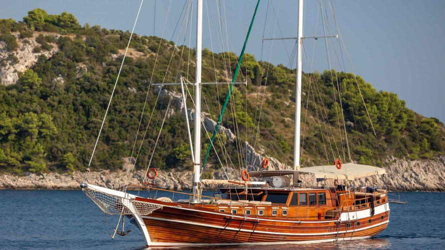 gulet-anna-marija-6cabins-12pax-crew