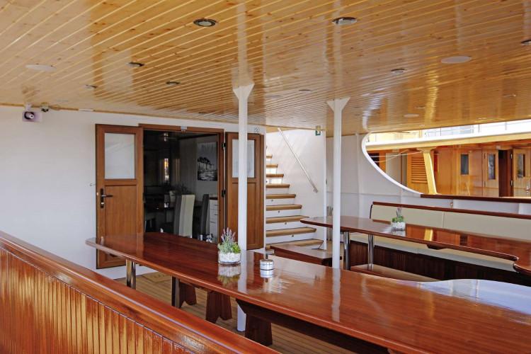 Aria Rijeka 18 cabins 33 pax 12