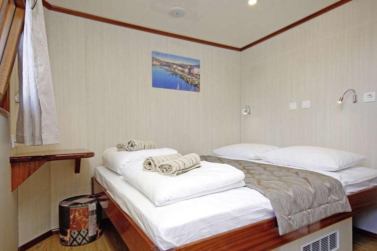 Aria Rijeka 18 cabins 33 pax 28