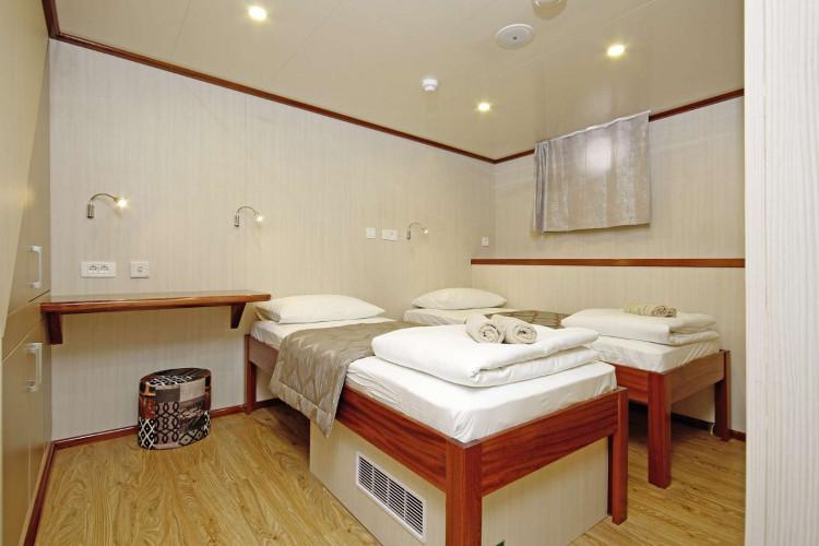 Aria Rijeka 18 cabins 33 pax 33