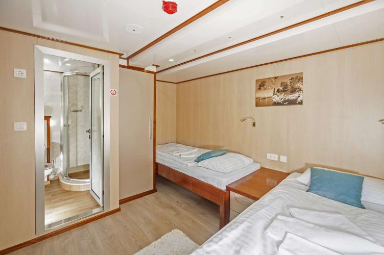Carpe Diem 17 cabins 35 pax Zadar 39
