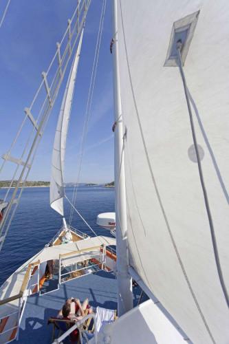 Dalmatino 13 cabins 26 pax Zadar 23