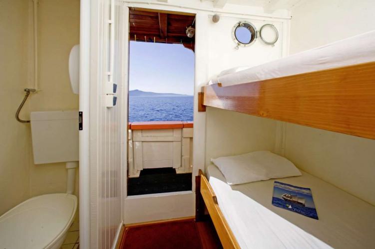 Dalmatino 13 cabins 26 pax Zadar 32