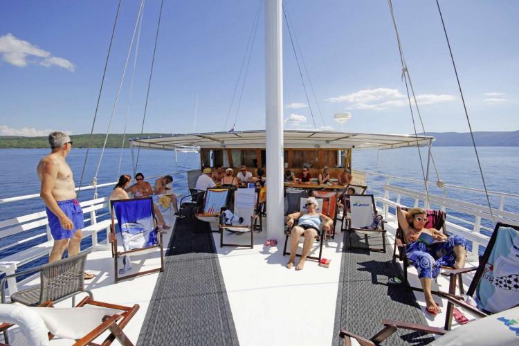 Kazimir 15 cabins 36 pax Zadar 13