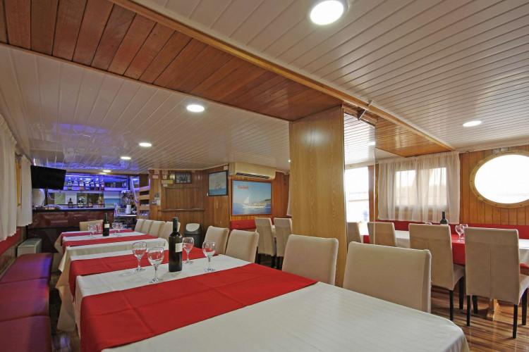 Kazimir 15 cabins 36 pax Zadar 14