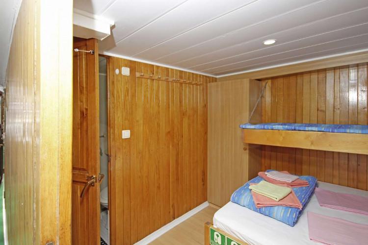 Kazimir 15 cabins 36 pax Zadar 29