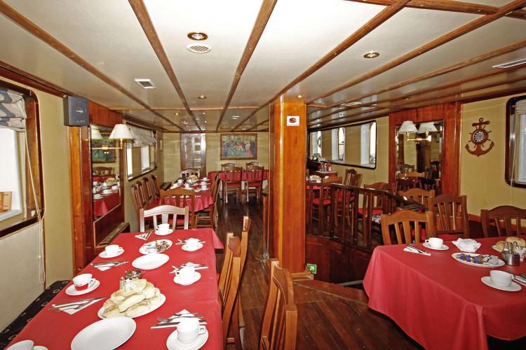 Kruna Mora 16 cabins 35 pax Zadar 16