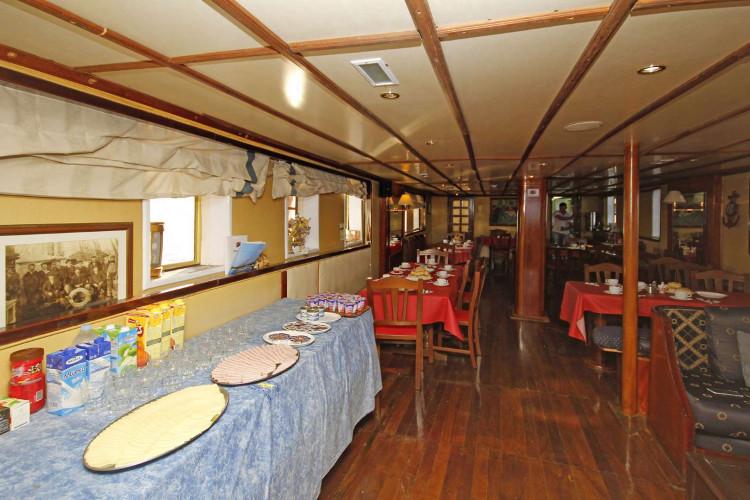 Kruna Mora 16 cabins 35 pax Zadar 19