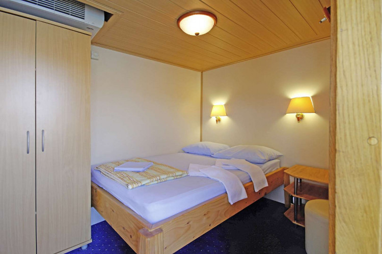 Kruna Mora 16 cabins 35 pax Zadar 28
