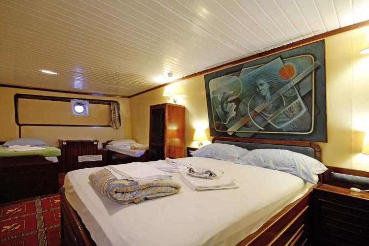 Kruna Mora 16 cabins 35 pax Zadar 42