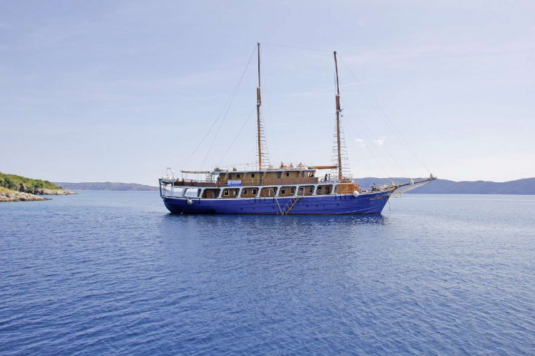 Kruna Mora 16 cabins 35 pax Zadar 8