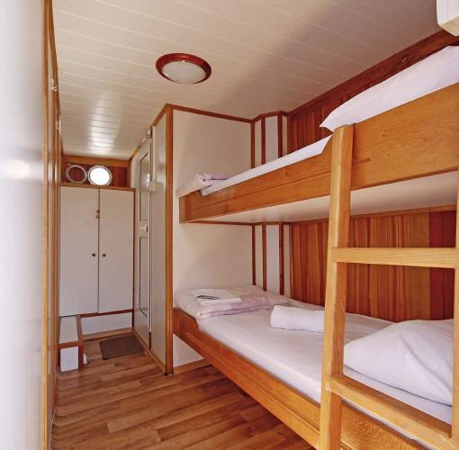 Mirabela 11 cabins 26 pax trogir 30