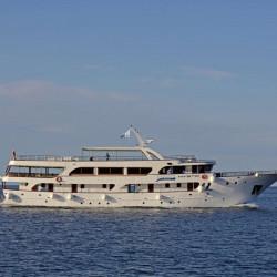 Mystic 19 cabins 40 pax Trogir 1