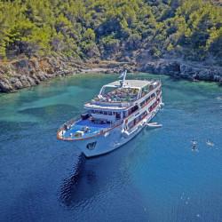 Mystic 19 cabins 40 pax Trogir 12