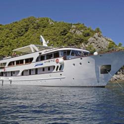 Mystic 19 cabins 40 pax Trogir 14