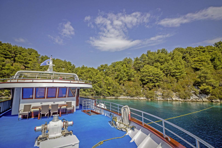 Mystic 19 cabins 40 pax Trogir 42