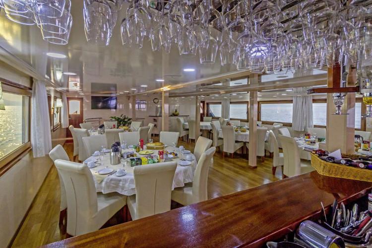 Mystic 19 cabins 40 pax Trogir 55