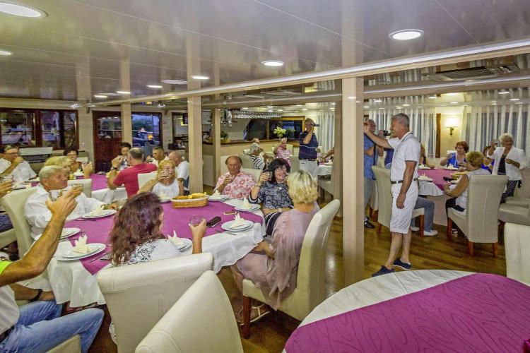 Mystic 19 cabins 40 pax Trogir 80