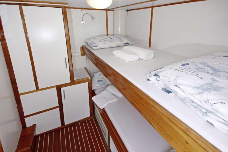 Otac Ivan 17 cabins 3 pax Trogir 43