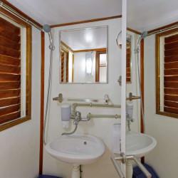 Otac Ivan 17 cabins 3 pax Trogir 45