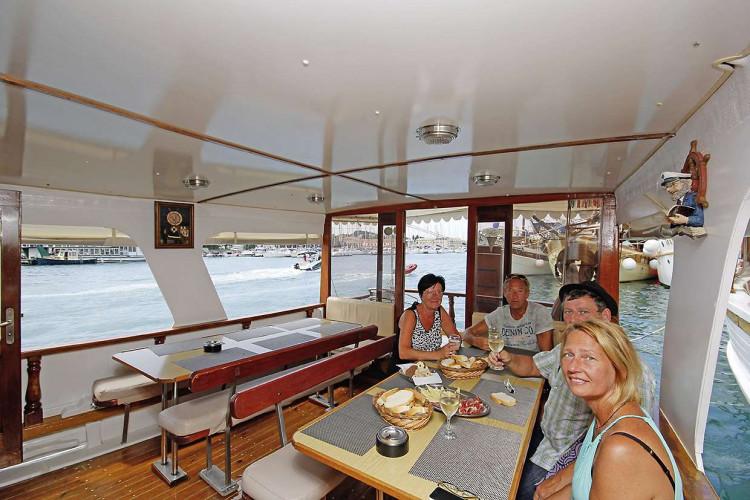 Pravedan 7 cabins 14 pax Trogir 10