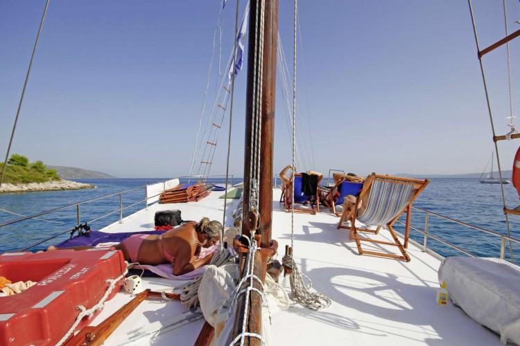 Pravedan 7 cabins 14 pax Trogir 11