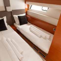 Prestige 550S Atonika 7pax Sibenik motor yacht 14