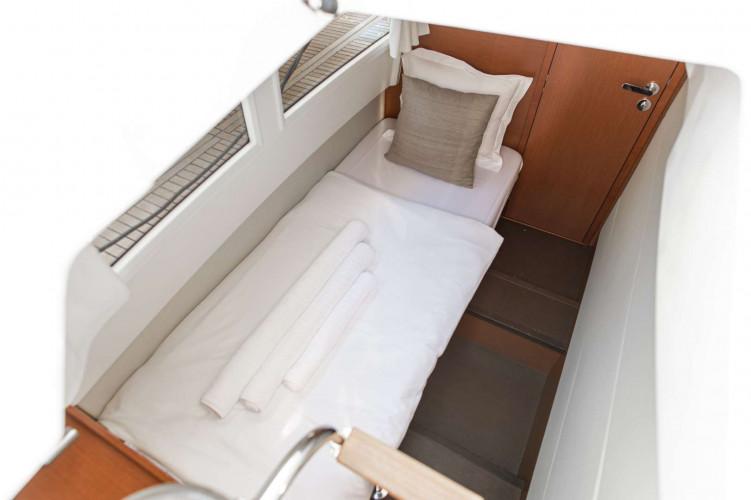 Prestige 550S Atonika 7pax Sibenik motor yacht 23