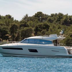 Prestige 550S Atonika 7pax Sibenik motor yacht 24