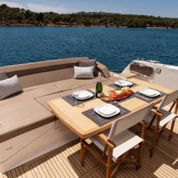 Prestige 550S Atonika 7pax Sibenik motor yacht 26