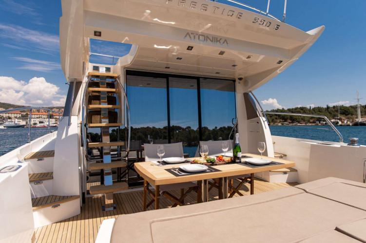 Prestige 550S Atonika 7pax Sibenik motor yacht 31