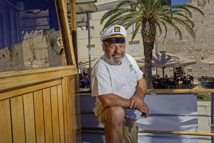 Ribic 10 cabins 20 pax Trogir 11