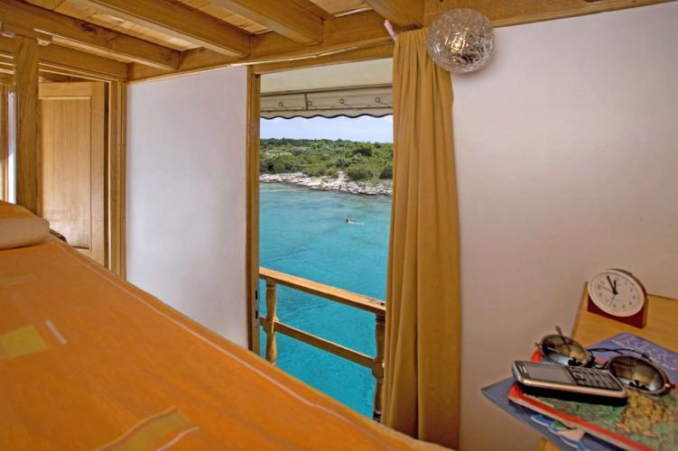 Ribic 10 cabins 20 pax Trogir 12