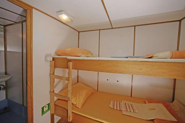 Ribic 10 cabins 20 pax Trogir 13
