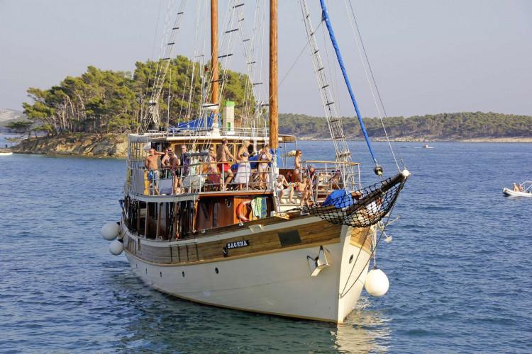 Sagena 8 cabins 18 pax Zadar 15