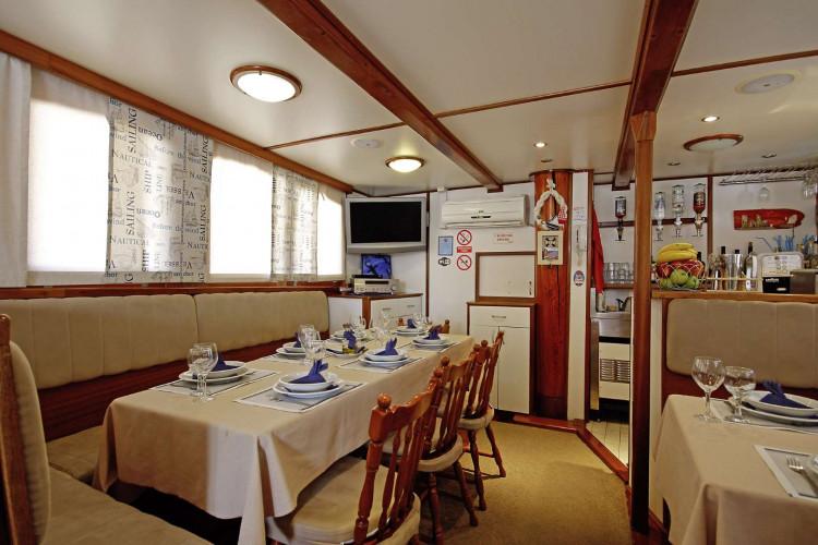 Sagena 8 cabins 18 pax Zadar 17