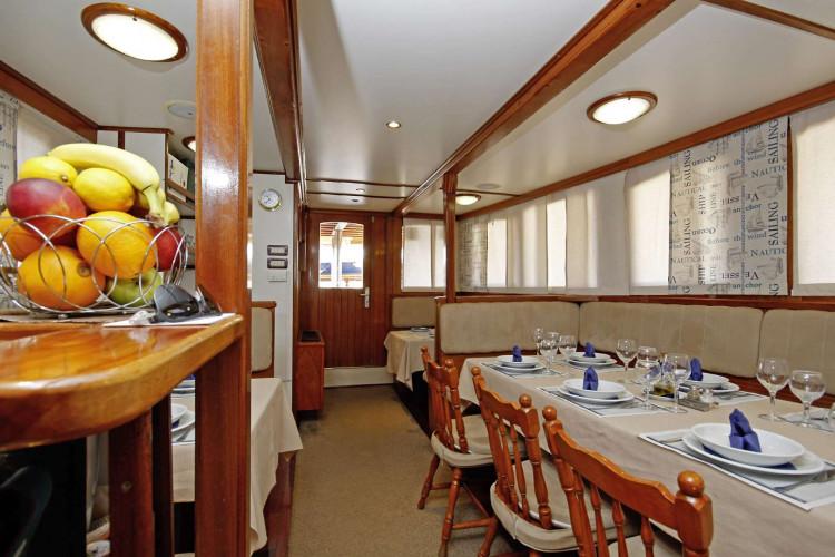 Sagena 8 cabins 18 pax Zadar 20