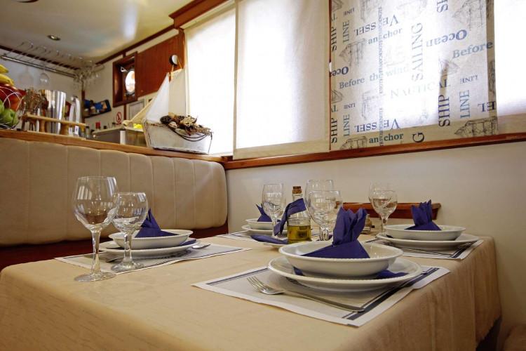 Sagena 8 cabins 18 pax Zadar 21