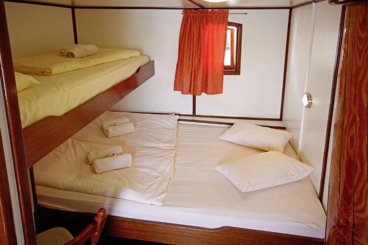 Sagena 8 cabins 18 pax Zadar 37