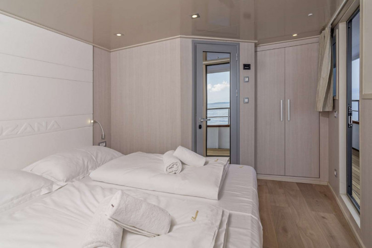 Suzana 19 cabins 40 pax Rijeka 23